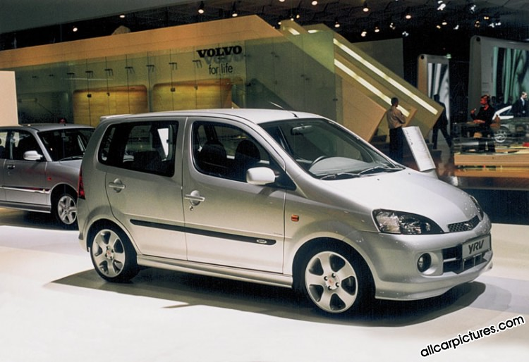 2019 Daihatsu Yrv Turbo 130 Car Photos Catalog 2018