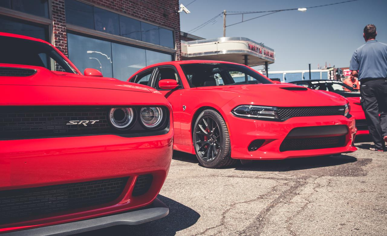 2019 Dodge Charger Mopar photo - 2