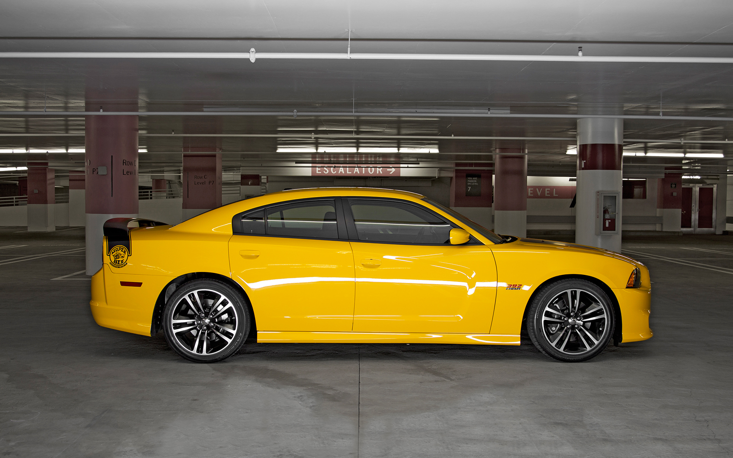 2019 Dodge Charger Srt8 Super Bee Car Photos Catalog 2019