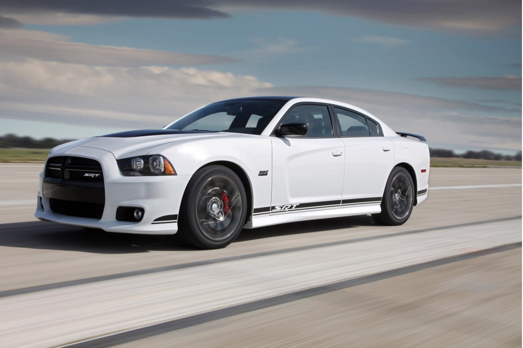 2019 Dodge Magnum RT photo - 4