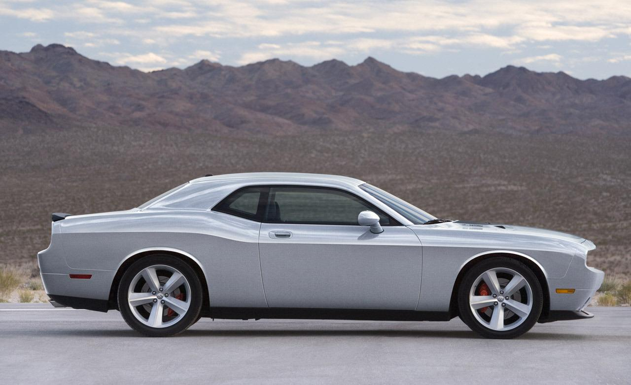 2019 Dodge Magnum SRT8 Concept photo - 3