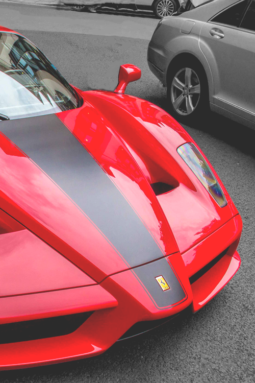 2019 Ferrari Enzo photo - 3