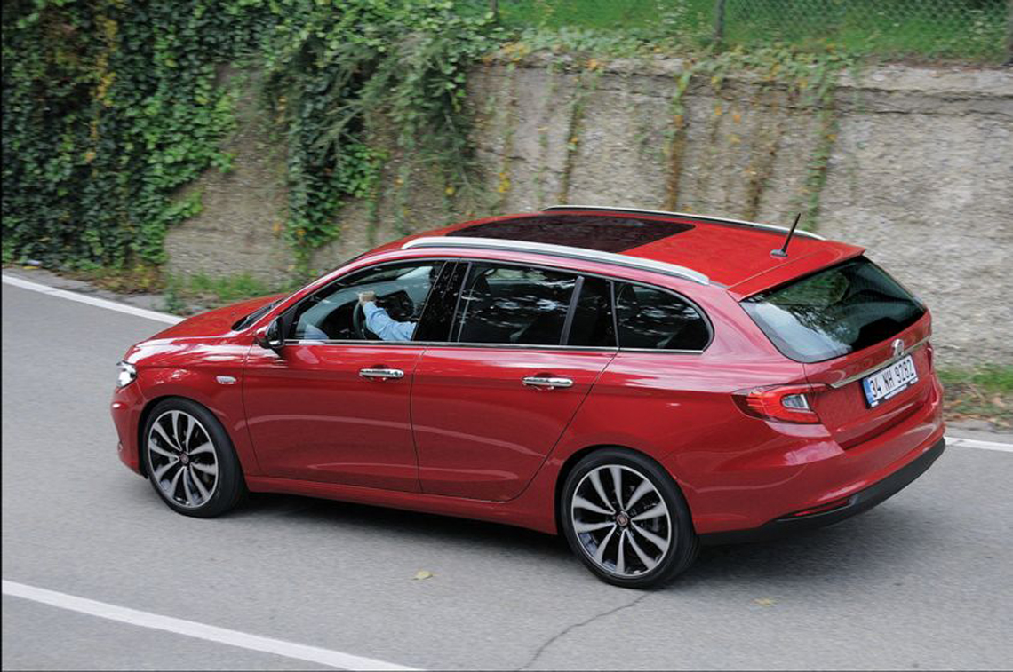 2019 Fiat 2300 Station Wagon photo - 3