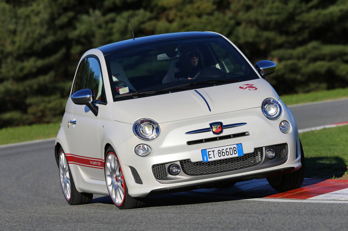 2019 Fiat 595 Abarth 50th Anniversary photo - 2