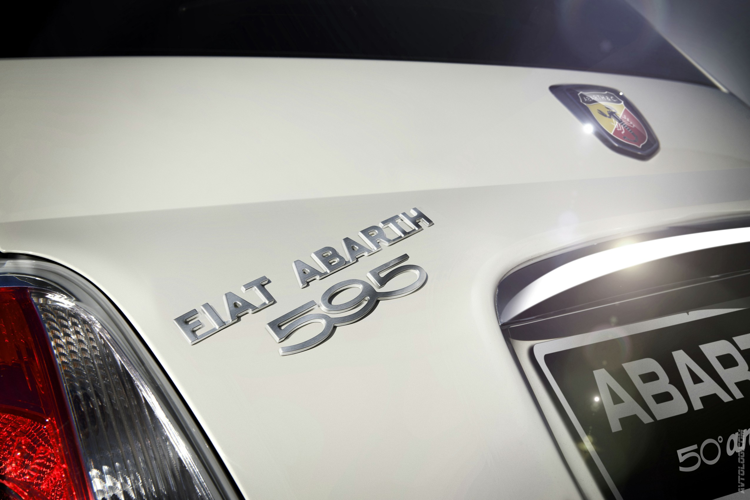 2019 Fiat 595 Abarth 50th Anniversary photo - 3