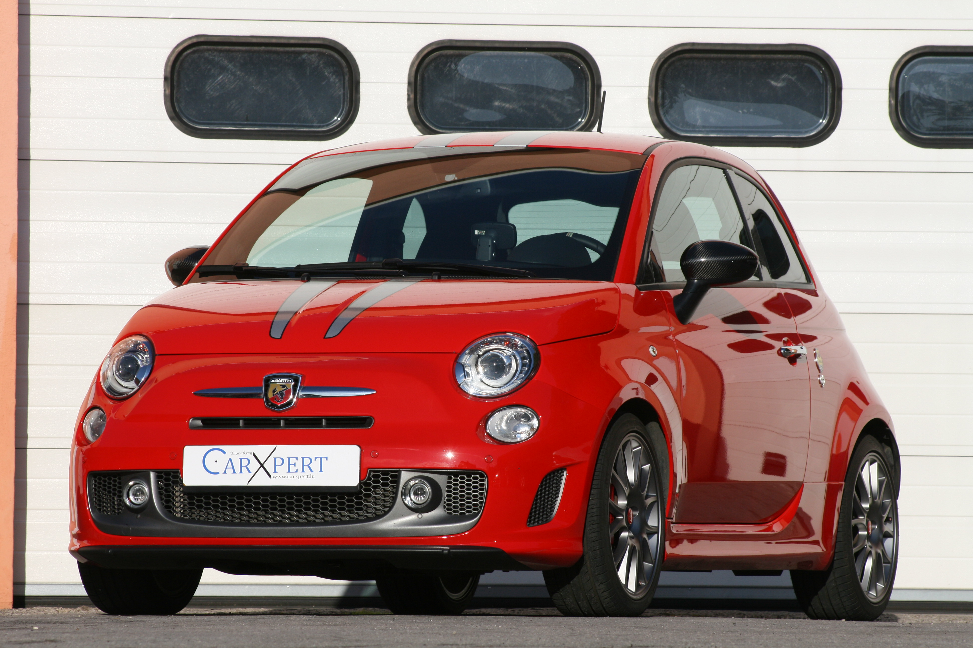 2019 Fiat 695 Abarth Tributo Ferrari photo - 6