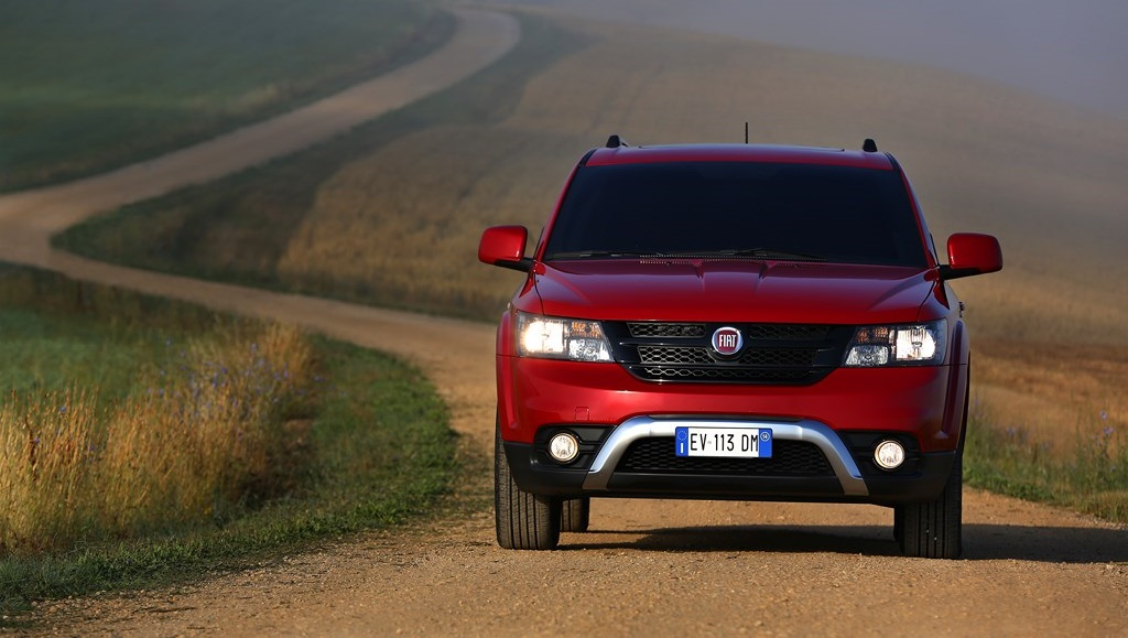 2019 Fiat Freemont Cross photo - 1