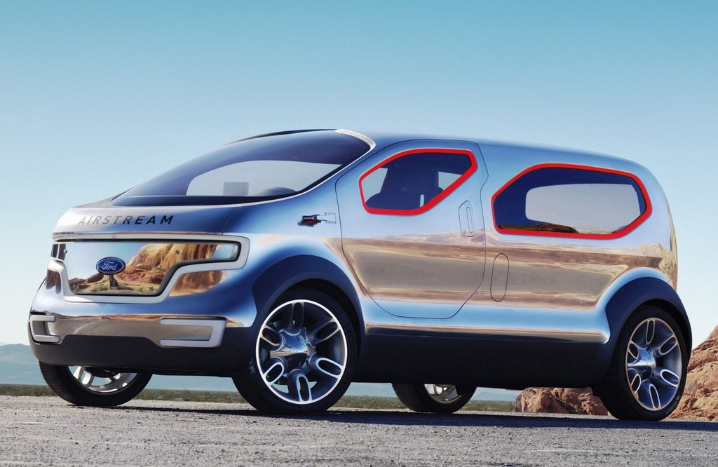 2019 Ford Airstream Concept photo - 1