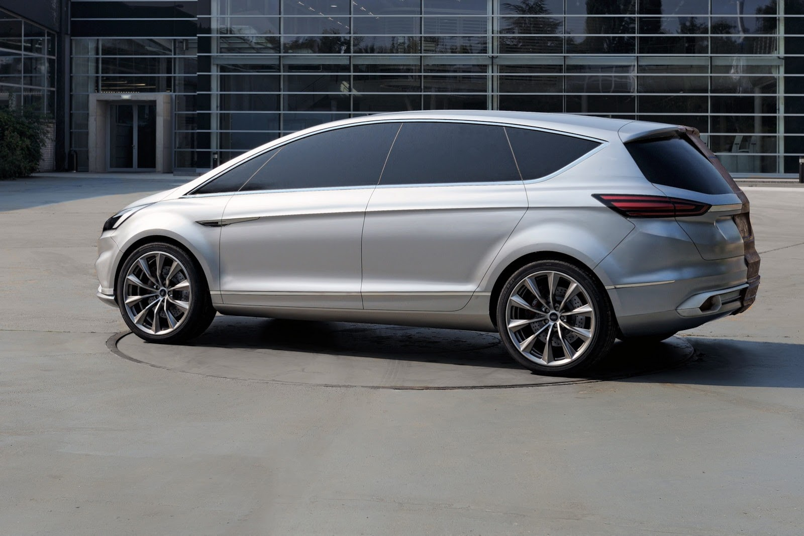 2019 Ford B MAX Concept photo - 5