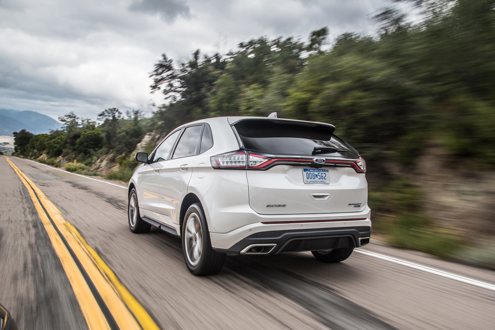2019 Ford Edge Sport photo - 4