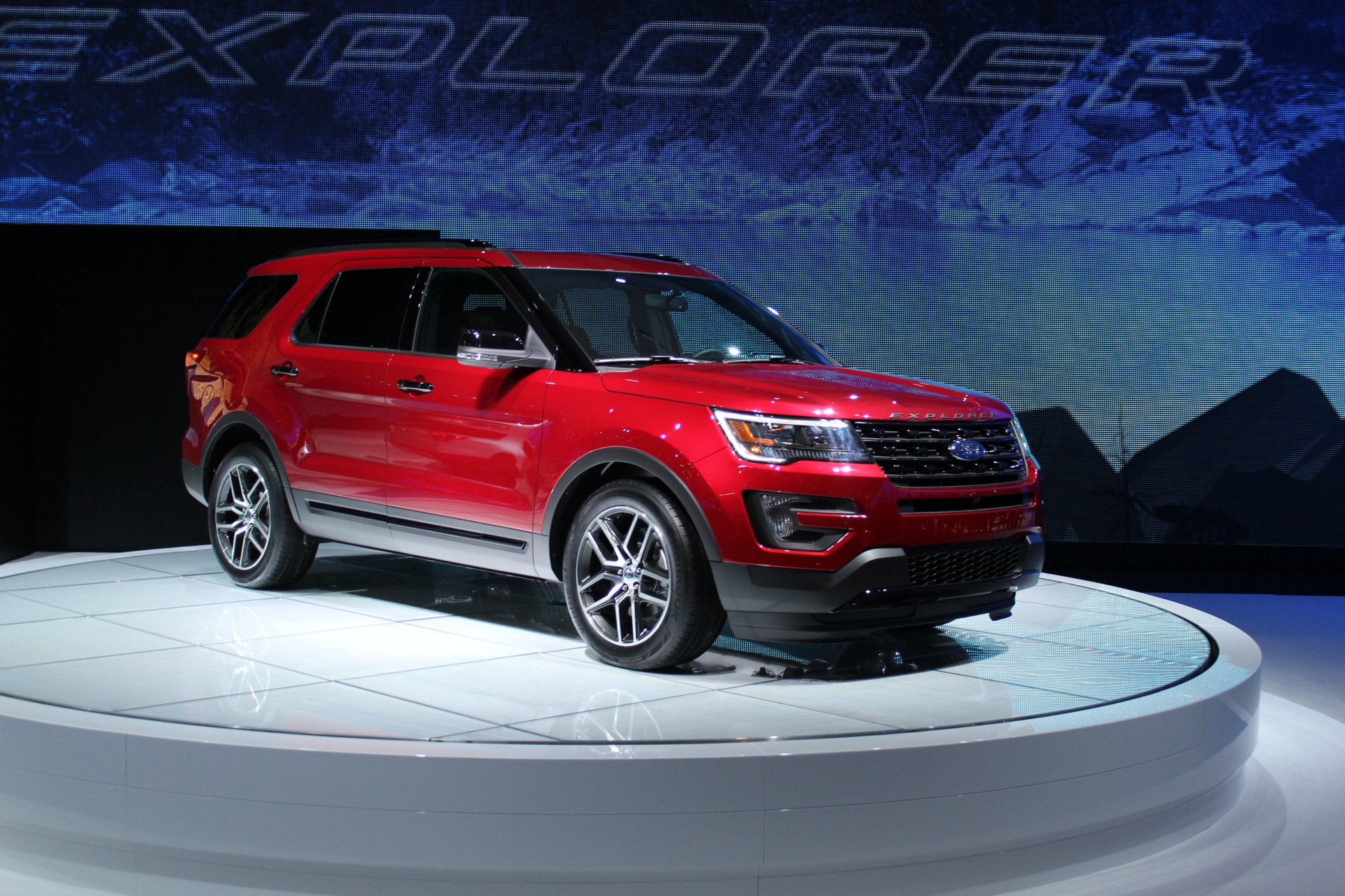 2019 Ford Explorer Sport | Car Photos Catalog 2018