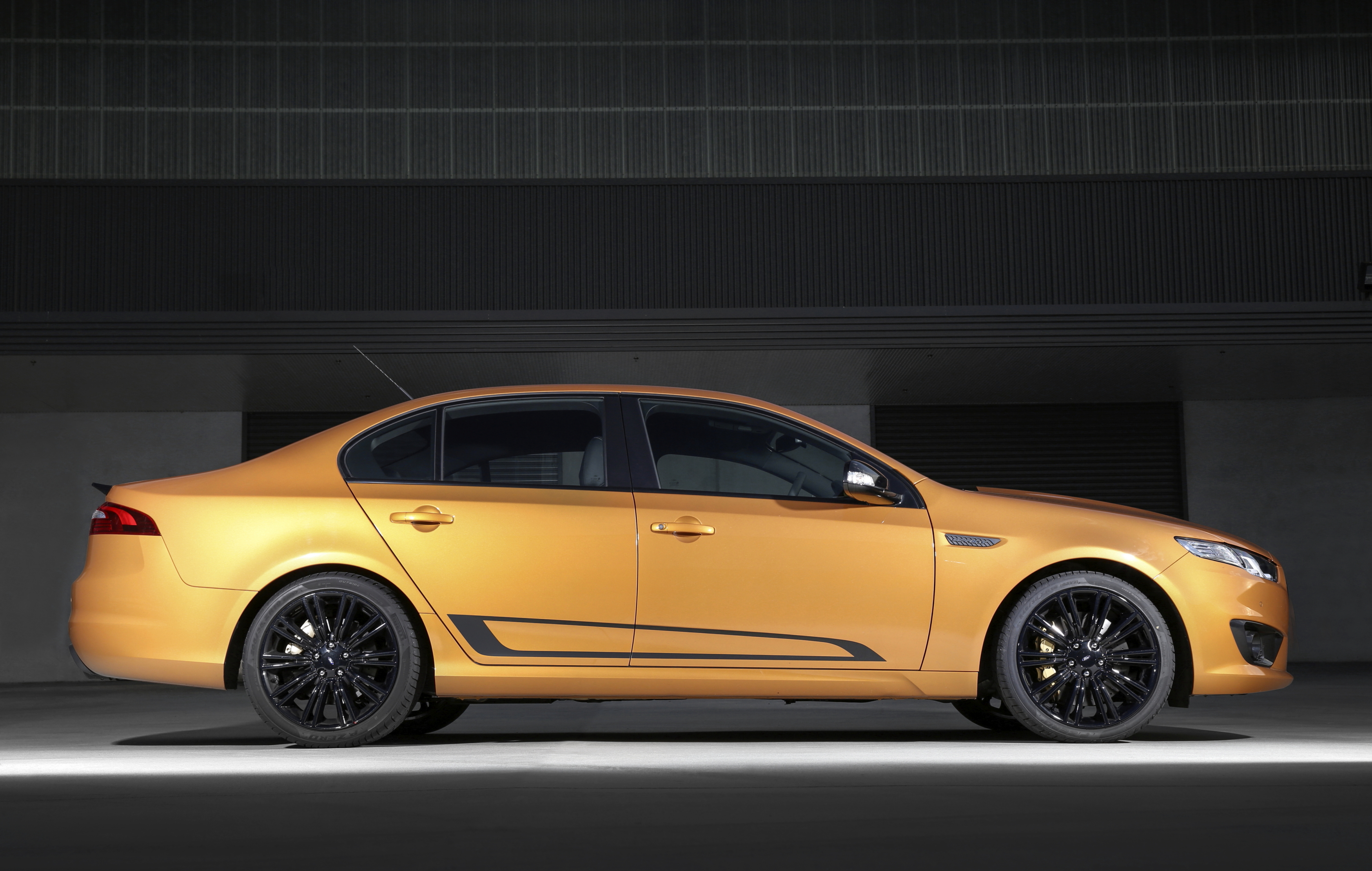 2019 Ford FG Falcon XR8 photo - 4