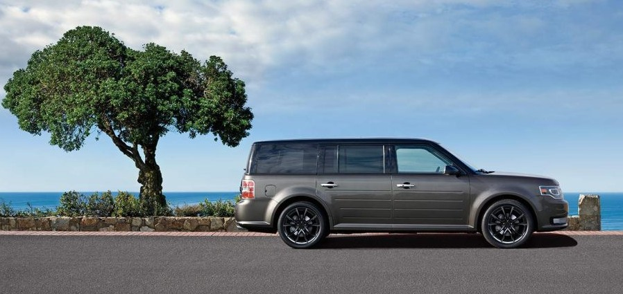 2019 Ford Flex photo - 3