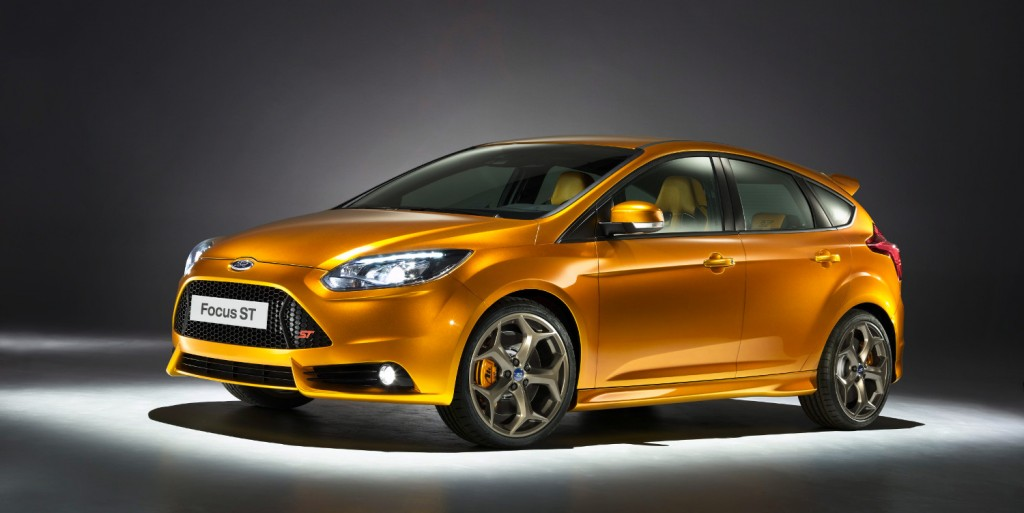 2019 Ford Focus ST photo - 5