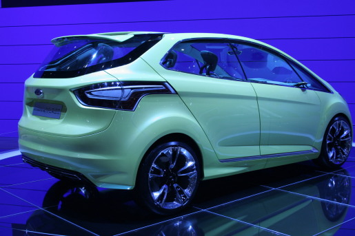 2019 Ford iosis MAX Concept photo - 3