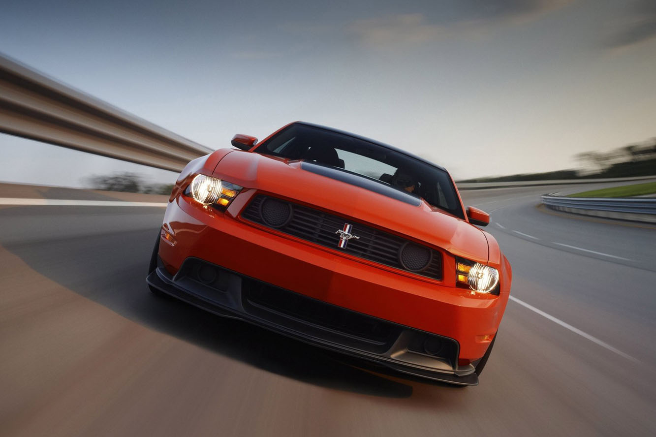 2019 Ford Mustang Boss 302R photo - 1