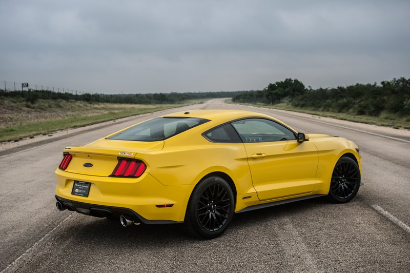 2019 Ford Mustang GT Convertible photo - 3