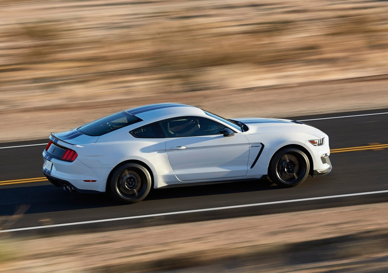 2019 Ford Mustang Turbo GT350 photo - 6
