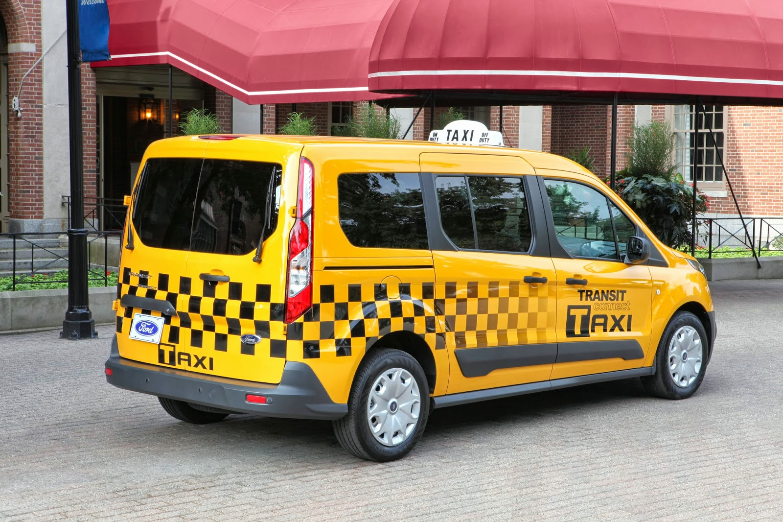 2019 Ford Transit Connect Taxi photo - 3