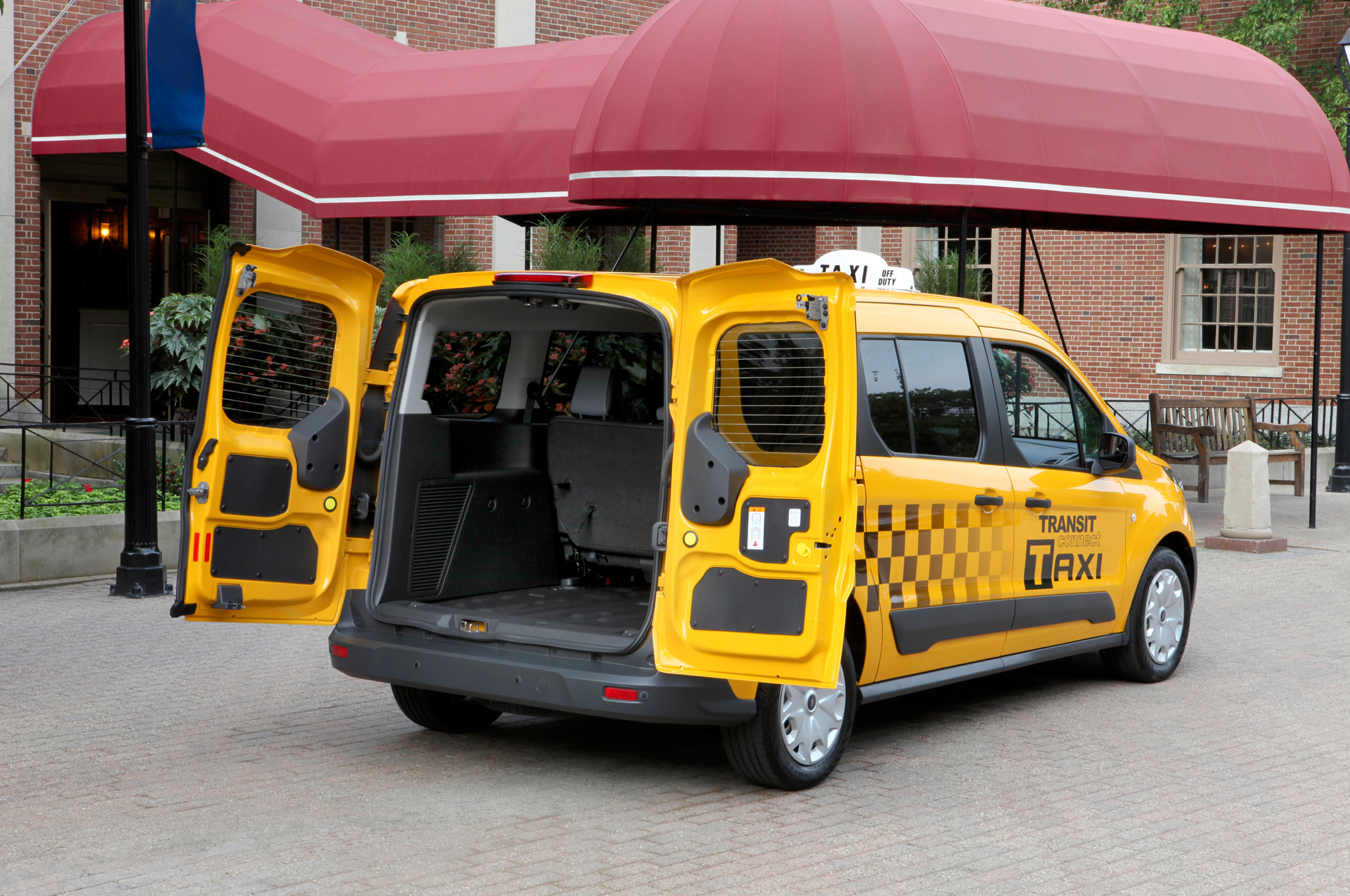 2019 Ford Transit Connect Taxi photo - 4