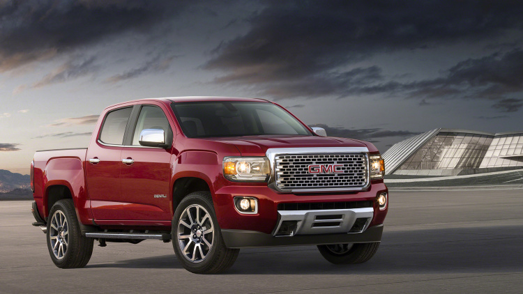 2019 GMC Canyon Nightfall Edition photo - 3