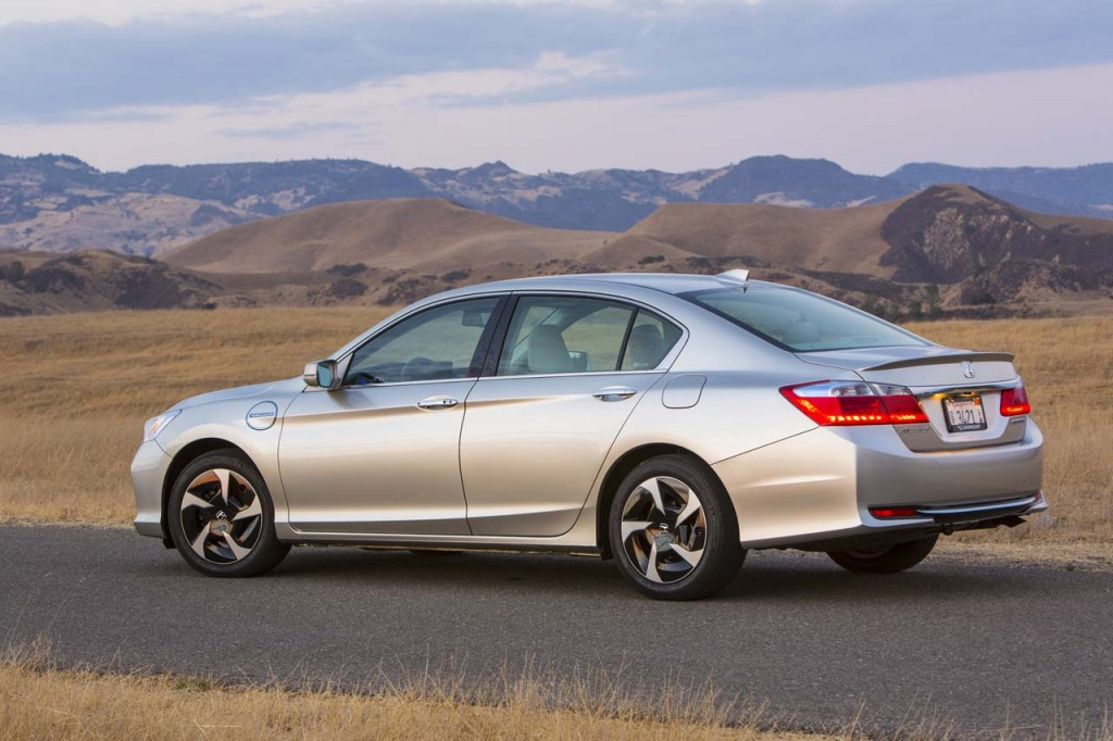 2019 Honda Accord HB photo - 1