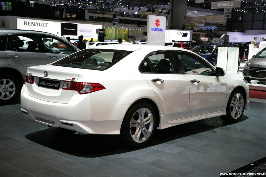 2019 Honda Accord Type S photo - 2