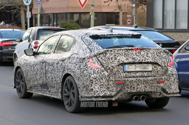2019 Honda Civic Hatchback photo - 3
