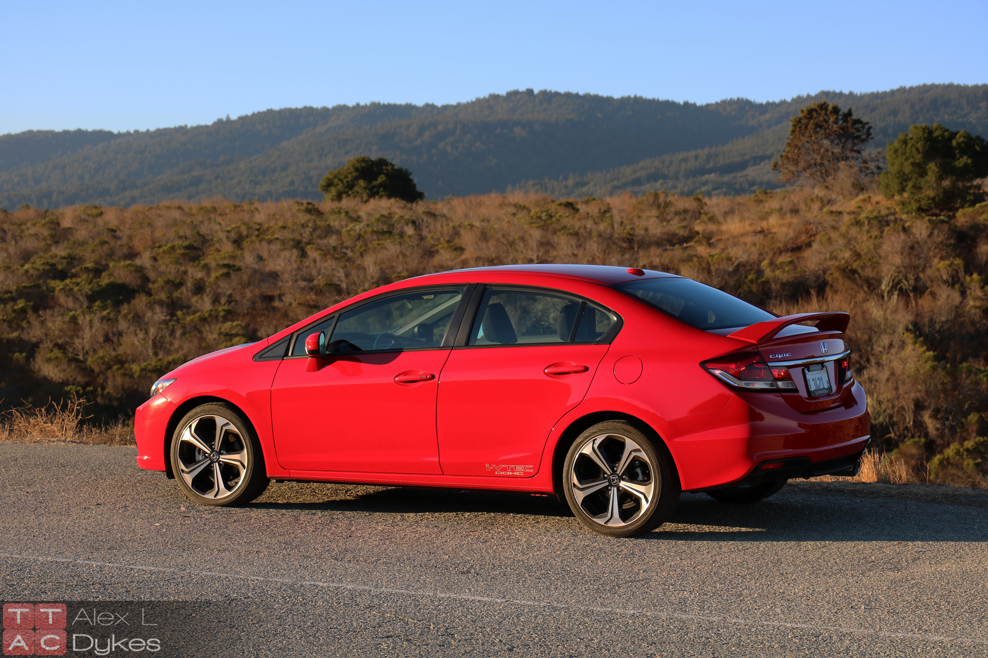 2019 Honda Civic Si Sedan photo - 2