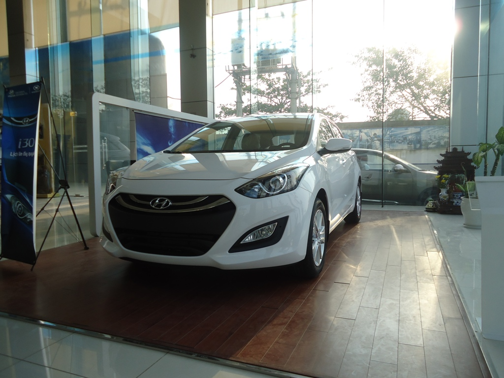 2019 Hyundai Avante photo - 1