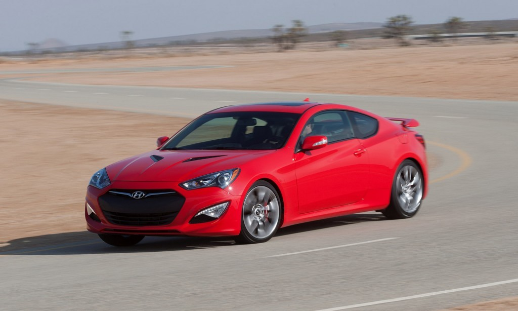 2019 Hyundai Coupe photo - 4