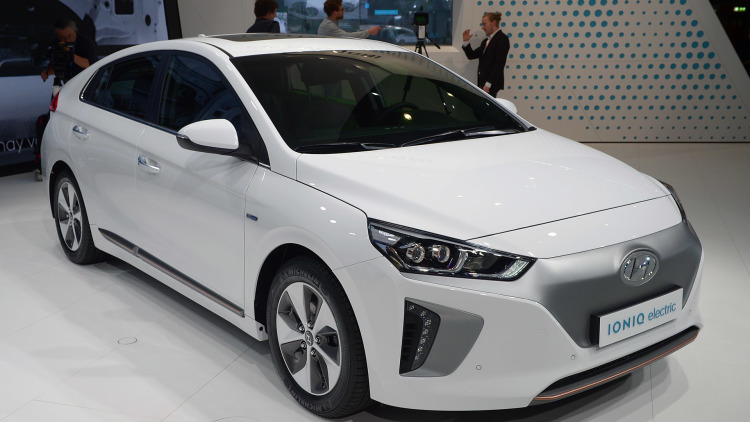 2019 Hyundai i ioniq Concept photo - 2