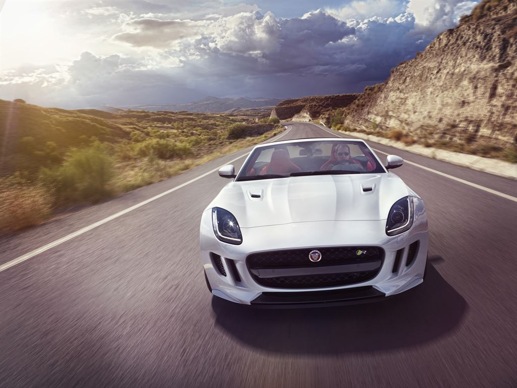 2019 Jaguar F Type Concept photo - 4