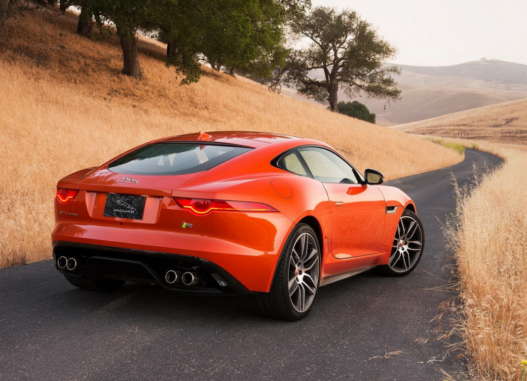 2019 Jaguar F Type R Coupe photo - 1