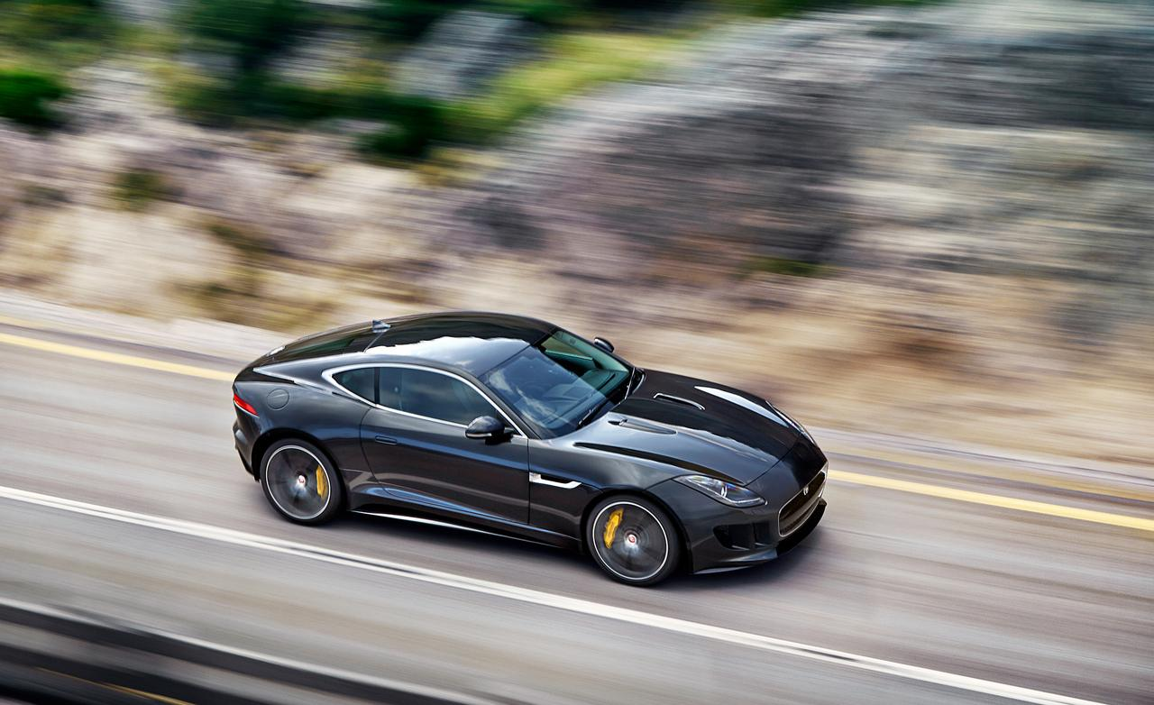2019 Jaguar F Type R Coupe photo - 3