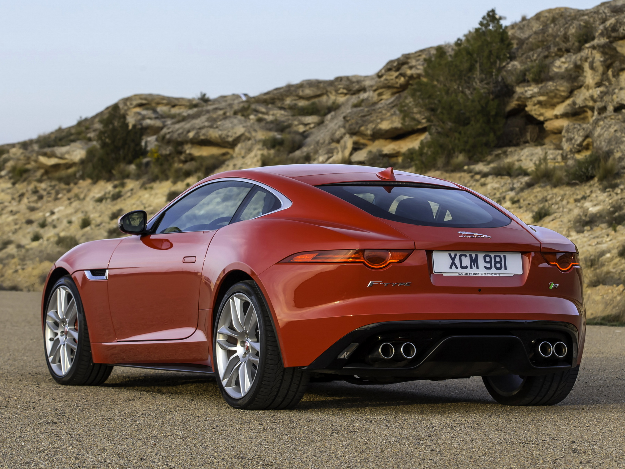 2019 Jaguar F Type R Coupe photo - 4