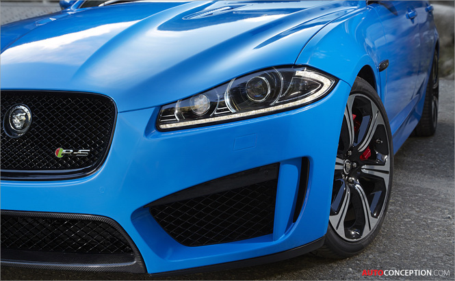 2019 Jaguar XFR photo - 2