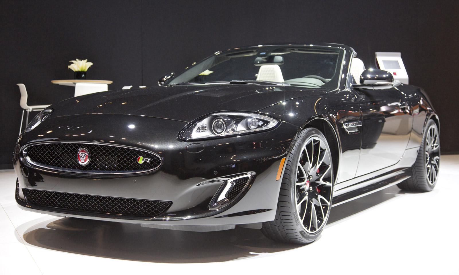 2019 Jaguar XK photo - 3