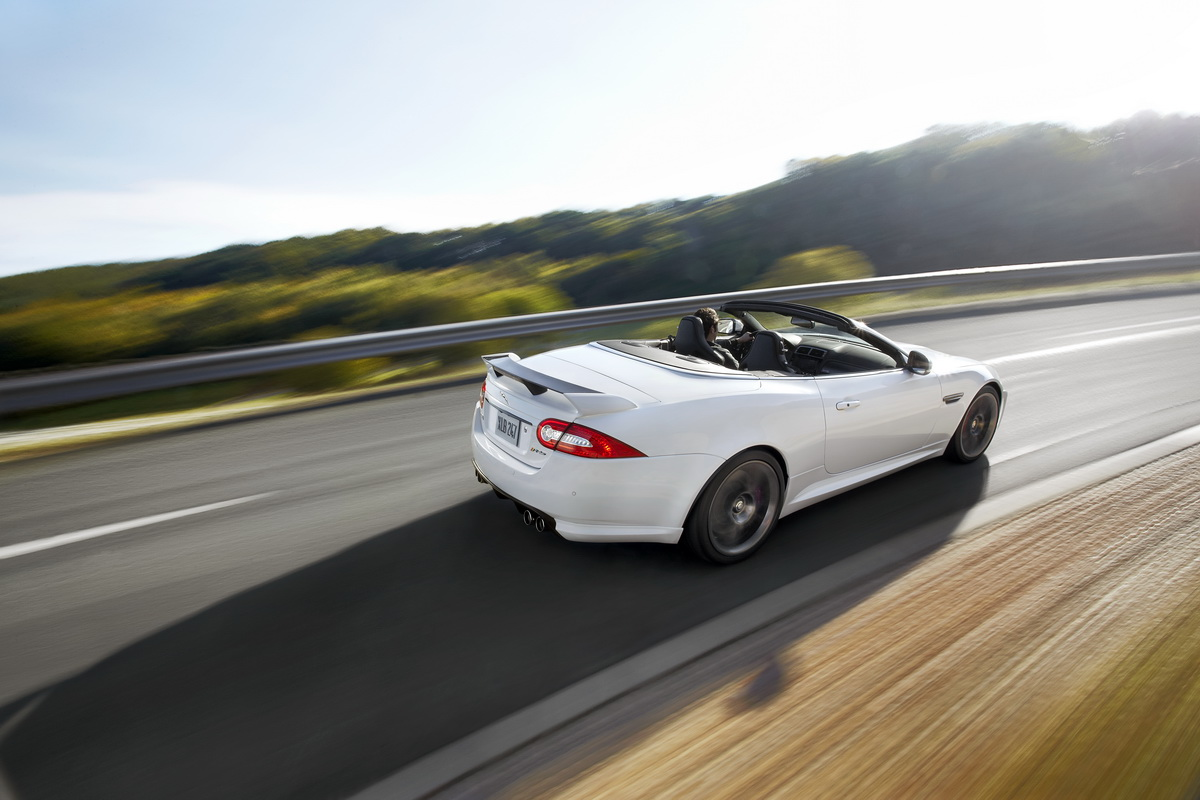 2019 Jaguar XKR S Convertible photo - 2