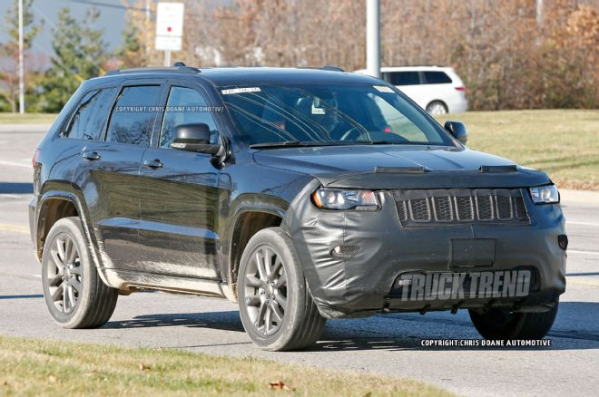 2019 Jeep Grand Cherokee photo - 1
