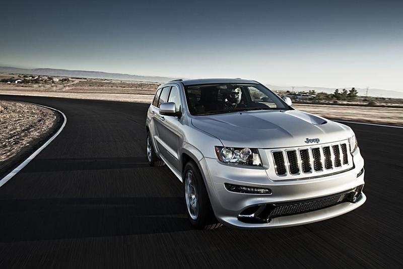 2019 Jeep Grand Cherokee photo - 3