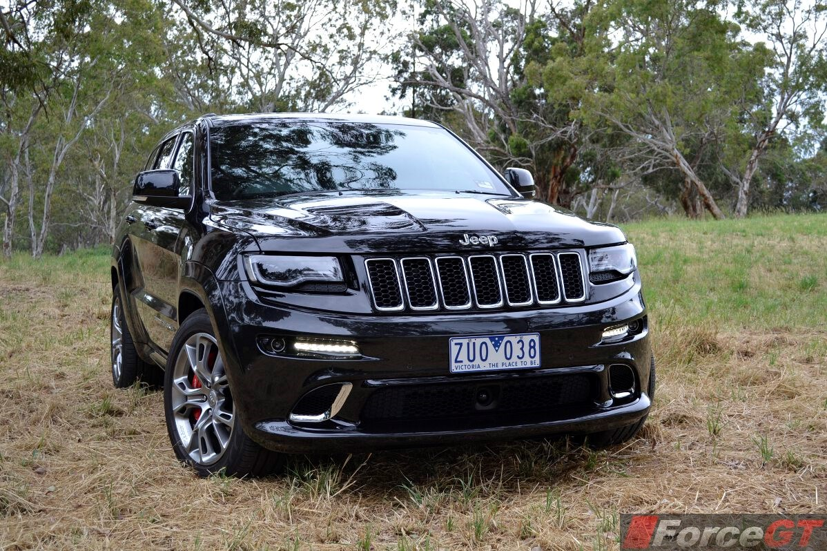 2019 Jeep Grand Cherokee SRT8 photo - 6