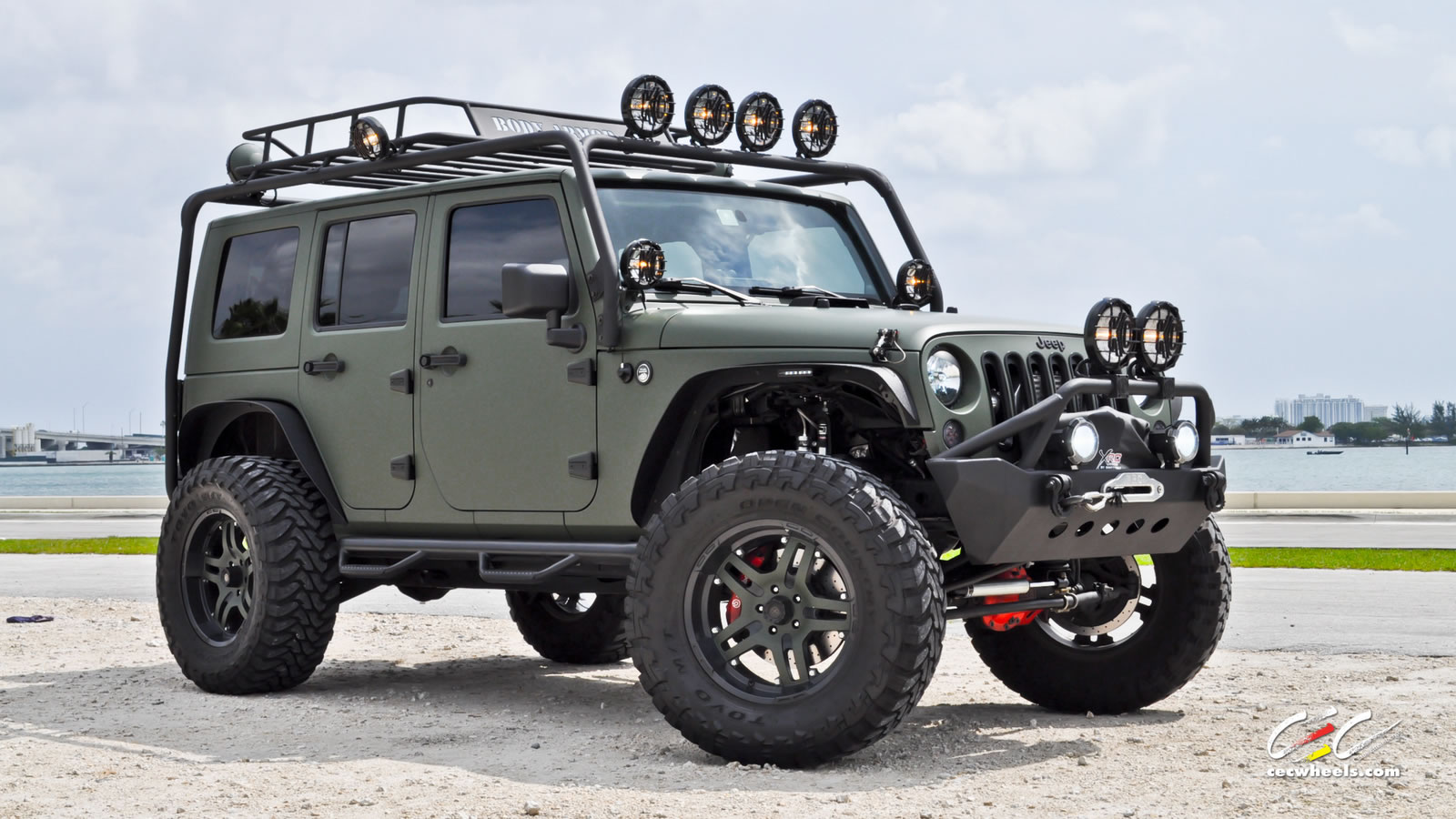 2019 Jeep Hurricane Concept photo - 4