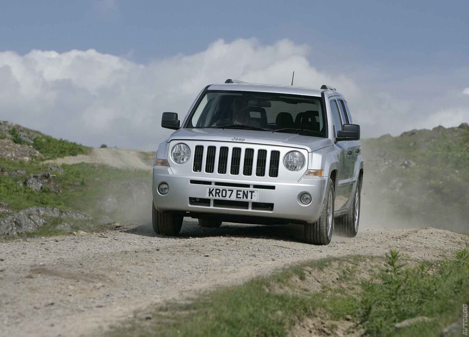 2019 Jeep Patriot UK Version photo - 1