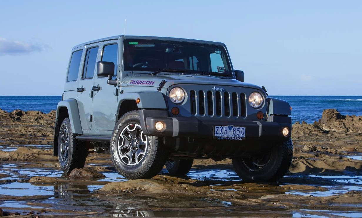 2019 Jeep Wrangler Rubicon 10th Anniversary photo - 4