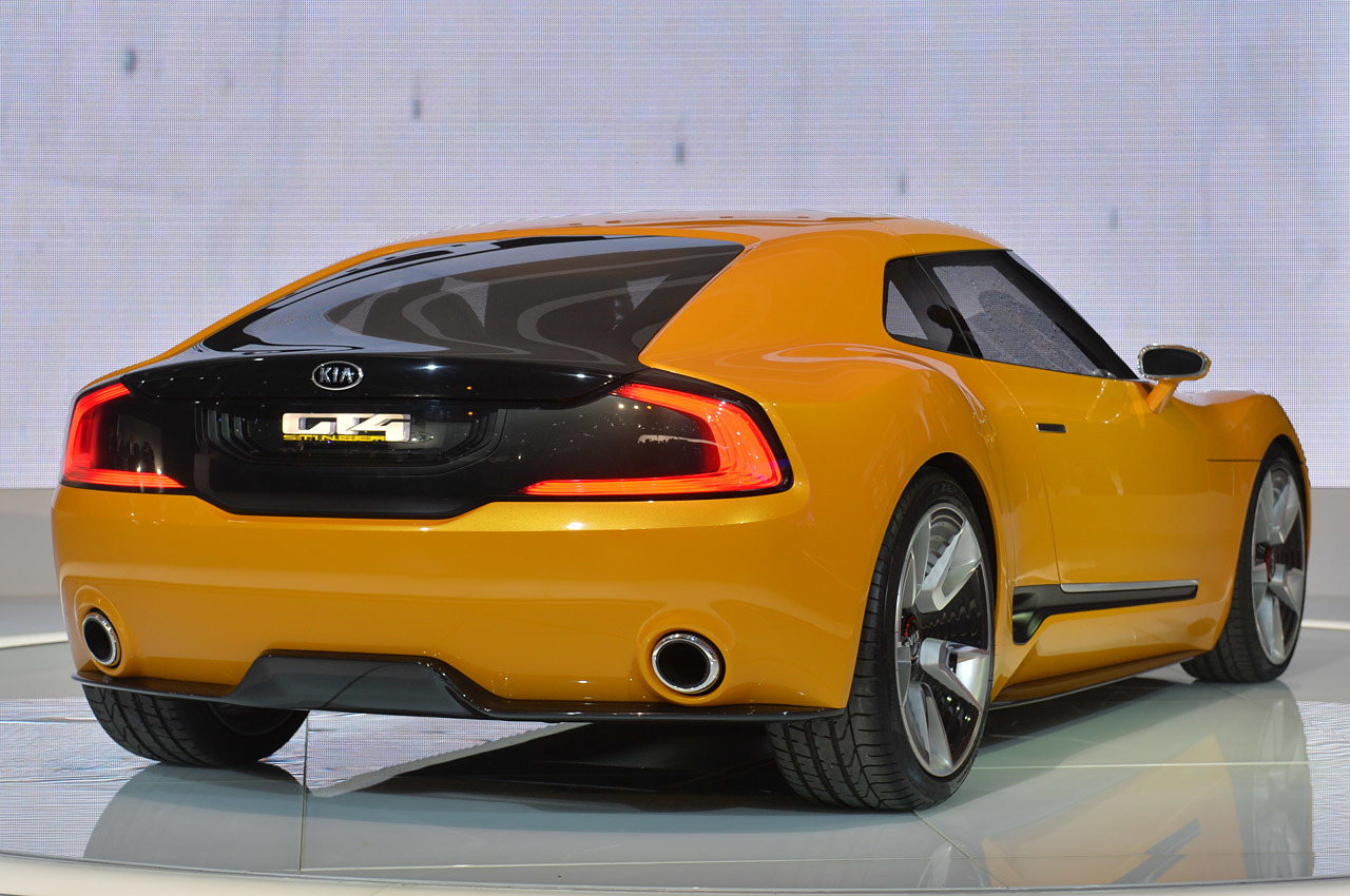 2019 Kia GT4 Stinger Concept photo - 6