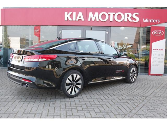 2019 Kia Optima photo - 2