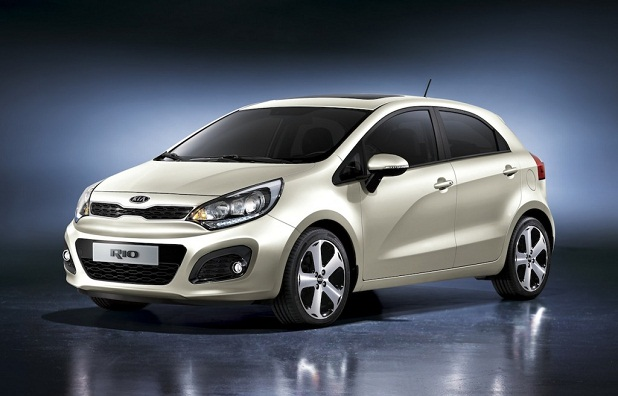 2019 Kia Rio5 photo - 3