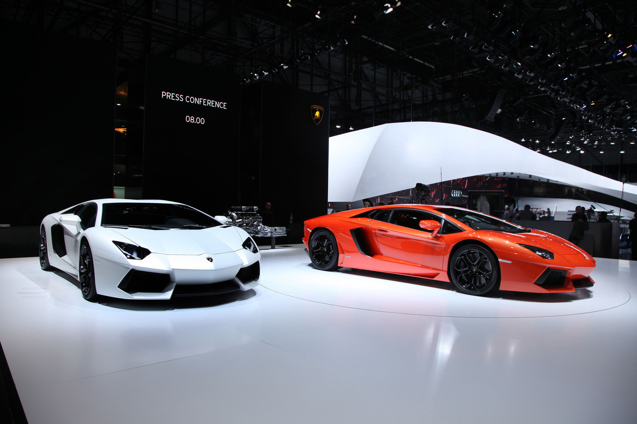 2019 Lamborghini Aventador LP700 4 photo - 6