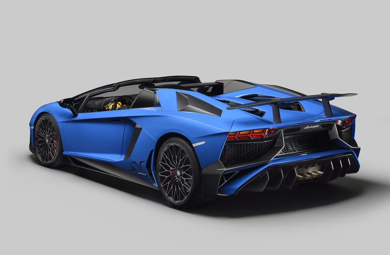 2019 Lamborghini Aventador LP750 4 SV photo - 6